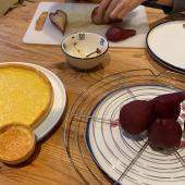 Joyeuses fêtes à vous tous ! À vos couteaux, à vos casseroles et à vos fours... profitez de ces moments pour cuisiner et déguster en famille 🎄 😋  Pâtisserie de @nouilleh  #moncoeurvalence #valence #villedevalence #valenceengastronomie #valenceromanstourisme #valenceromansagglo #epiceriefine #gourmet #gourmand #prenezsoindevous💖