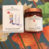 Pour toutes les mamans... et pour tous les amoureux de #confiture ♥️😋 Coffret Souvenir d'enfance  @maisonperrotte Fraise Passion  https://www.boutique-laurent.fr/147-confitures #moncoeurvalence #valence #villedevalence #valenceromansagglo #valenceromanstourisme #drôme #ardèche #épiceriefine #gourmet #fraise #prenezsoindevous💖